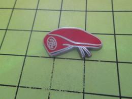 812c Pins Pin's / Rare & Belle Qualité THEME MILITARIA / BERET ROUGE PARACHUTISTE - Army