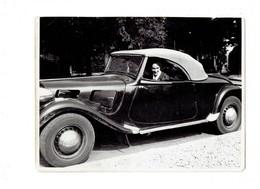 Grande Photographie Voiture Gros Plan - TRACTION CITROËN Cabriolet - Femme Au Volant - Cars