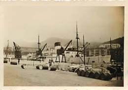 """180719D - PHOTO 1935 - 06 NICE Le Port Paquebot Corse """" Ile De Beauté """" - Tonneau - Transport (sea) - Harbour"""