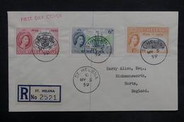 SAINTE HÉLÈNE - Enveloppe En Recommandé De St Héléna Pour Herts En 1959, Affranchissement Plaisant - L 35177 - Sainte-Hélène