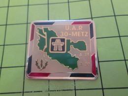 1217 Pins Pin's / Rare & Belle Qualité THEME POLICE / CRS AUTOROUTE UAR 30 METZ - Polizei