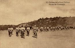 TRES RARE CYCLISTES DE LA FORCE PUBLIQUE FIETSERS DER LANDMACHT - Congo Belga - Otros