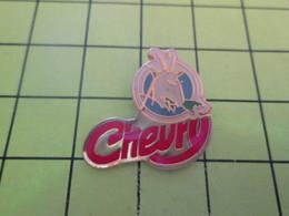 2317 Pins Pin's / Rare & Belle Qualité THEME ALIMENTATION / FROMAGE DE CHEVRE CHEVRY - Food