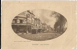 D92 - PUTEAUX - QUAI NATIONAL -Café De La Mairie-Charrettes-Pancarte : Moto Naphta-Plusieurs Personnes-Cliché Ovale - Puteaux