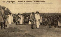 Congo Belge Le Ministre Des Colonies Reçu à Une Mission Catholique - Congo Belga - Otros