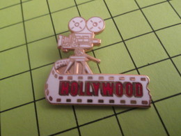 SP05 Pins Pin's / Rare & Belle Qualité THEME CINEMA / HOLLYWOOD Pas Chewing-gum CAMERA PELLICULE - Films