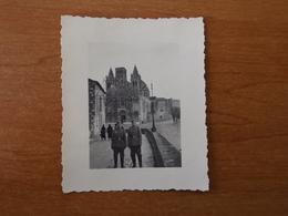 WW2 GUERRE 39 45 ANGOULEME SOLDATS ALLEMANDS POSANT DEVANT CATHEDRALE SAINT PIERRE - Angouleme