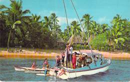 Iles Island FIJI - KOROLEVU Beach Hotel : Deep Sea Fishing / Pêche En Haute Mer / Tiefseefischen / Diep Zee Vissen - CPA - Fiji