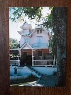L22/366  HAÏTI - PORT-au-PRINCE - The Defly House . Timbres Oblitérés Au Dos - Haïti