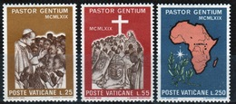 Vatican 1969 Complete Set Of Stamps Celebrating Pope Paul's Visit To Uganda. - Vatican