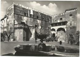 W3927 Pitigliano (Grosseto) - Castello Dei Conti Orsini - Sede Arcivescovile / Viaggiata 1957 - Italia