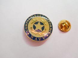 Beau Pin's ,  Marque Navy Compagnie De Californie , Mode , Vêtement - Marcas Registradas