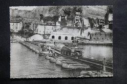 MILITARIA - Carte Postale - Guerre De 1939 / 45 - Passage De La Meuse à Fumay - L 35400 - Guerra 1939-45