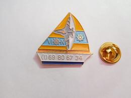 Beau Pin's , Marine Bateau Voilier , VION - Barcos