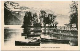 A21 /  Dept 74 CPA MASSIF DE LA TOURNETTE ET LAC D'ANNECY   NEUVE  VOIR DOS - Annecy