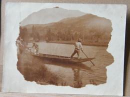 MONDOSORPRESA, FOTOGRAFIA 1910/1920 PERSONE SULLA BARCA - Barche