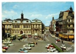 CPSM GF 10 - TROYES (Aube) - H 10.356.W. L'Hôtel De Ville - Troyes