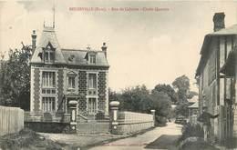 CPA 27 Eure Beuzeville Rue Du Calvaire Chalet Quesney Non Circulée - France