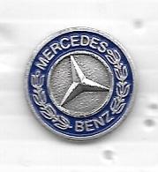 Pin's  Automobile  Sigle  MERCEDES  BENZ - F1