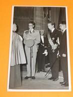 FAMILLE ROYALE BELGIQUE -  Roi Baudouin Et Le Prince Albert De Liège - Royal Families