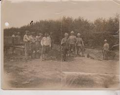 ETAT SEE SCAN   WWI ITALIAN FRONT AUSTRIAN PRISONERS TAKEN BY THE BRITISH  CRACK IN THE MIDDLE HOLE  +- 20*15CM - War, Military