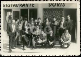 1967 AMATEUR PHOTO FOTO RESTAURANTE DORIS COSTA DA CAPARICA ALMADA PORTUGAL - Lugares