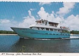 AO83 Shipping - Tourist Boat M.V. Discovery, John Pennekamp State Park - Ships