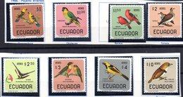 Serie  Nº A-442/9  Ecuador - Pájaros