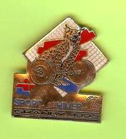 Pin's Jeux Du Québec Granby 1995 Mascotte Haltérophile - 7GG23 - Badges