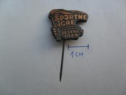 SPORTNE IGRE SLOVENSKIH ZELEZARJEV JESENICE 1978   PIN BADGE Z3 - Badges