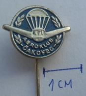 Airplane, Airlines, Parachute - AEROKLUB CAKOVEC CROATIA Club Flyers Aero Club  PIN BADGE Z3 - Airplanes
