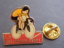 PIN'S E. V. BRETENOUX - BIARS - Cyclisme