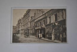 75 Paris Rue Pigalle  La Boite à Fursy - France