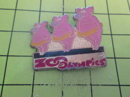 810h Pin's Pins / Beau Et Rare : THEME : JEUX OLYMPIQUES / ZOOLYMPICS COCHONS NAGEURS - Olympic Games