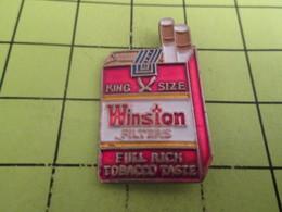 1110 Pin's Pins / Beau Et Rare : THEME : MARQUES / PAQUET DE CIGARETTES WINSTON - Marcas Registradas