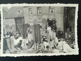 GÉROMPONT AOÛT 1952 PROCESSION SITUATION À DÉTERMINER BELGIQUE WALLONIE BRABANT WALLON RAMILLIES 4 PHOTOS ORIGINALES - Ramillies