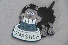 "Pin's - Animaux - CHIEN ""GNASHER"" Chien De Bandes Dessinées BD - Animals"