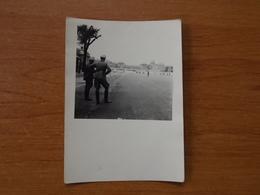 WW2 GUERRE 39 45 VERSAILLES OFFICIERS ALLEMANDS DEVANT L AVENUE MENANT AU CHATEAU - Versailles