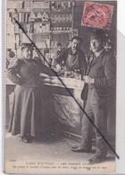 Paris Nouveau(75) Les Femmes Cocher .On Prend Le Cordiale D'usage,avec Les Amis,avant De Monter Sur Le Siège - Nahverkehr, Oberirdisch