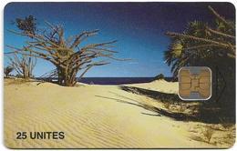 Madagascar - Telecom Malagasy - Beach, (Canal De Mozambique) - 25Units, Chip OB2, 600.000ex, Used - Madagaskar
