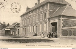 D80  MONTDIDIER  Ecoles Communales     .............( Ref D718 ) - Montdidier