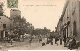 D69  GRIGNY  La Place - La Tour Et L'Eglise - Grigny