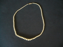 Ein-Reihige Perlenkette (773) - Necklaces/Chains