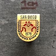 Badge Pin ZN008611 - Wrestling World Championships USA California San Diego 1979 - Wrestling