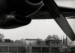 ! 1 Foto, Photo Format 22,5cm X 17,4cm Flughafen Köln Bonn, Propellerfluzeug, Airport - Aerodrome