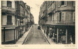 N°74493 -cpa Trouville Sur Mer -la Rue De Paris- - Trouville