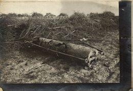 INSTRUMENTS AGRICULTURE DESTRUIT PAR LES ALLEMANDS    +-18*13CM - Guerra, Militares