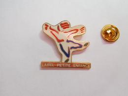 Beau Pin's En EGF , Label Petite Enfance , Gymnastique ?? - Gymnastique