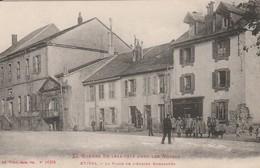 ETIVAL : (88)  La Place De L'Abbaye Bombardée - Etival Clairefontaine