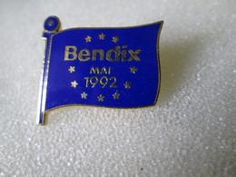 PIN'S   BENDIX  Email Grand Feu - Marcas Registradas